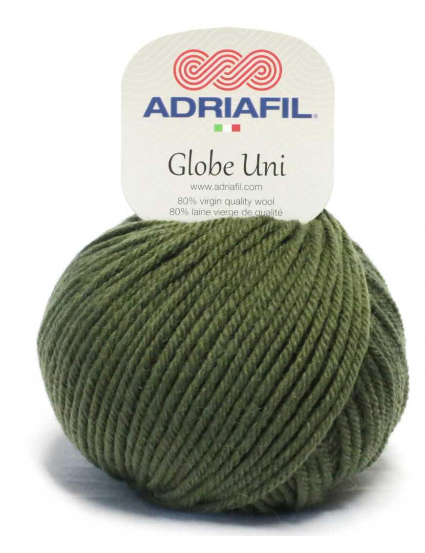 Yarn Globe Uni army green 24